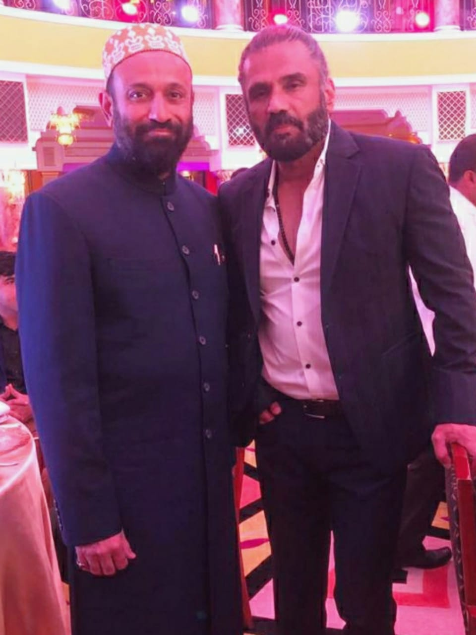 Dr. Mustafa Saasa with Mr. Sunil Shetty - Indian Film Actor, Producer & Entrepreneur